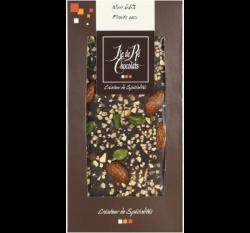 Mörk choklad 68% med torkad frukt & nötter